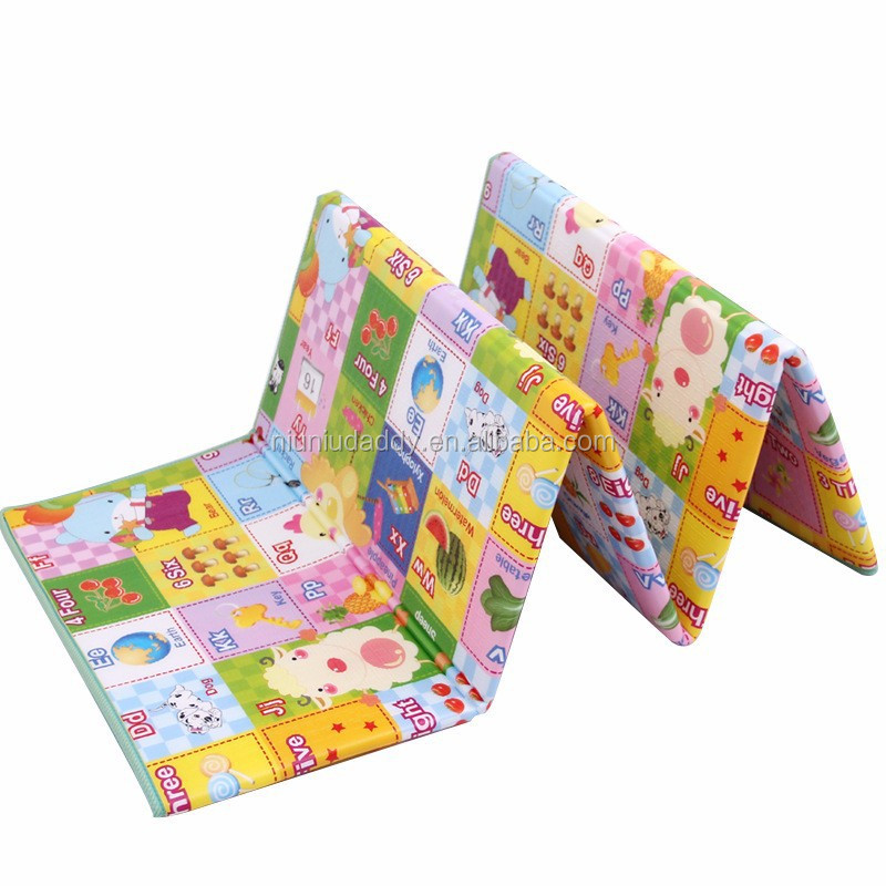 2015 new wholesale cheap kids folding play mat