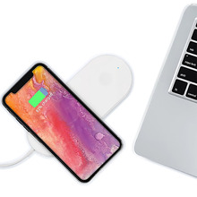 2019 new Fast Magic wireless charging pad for iphone with best price