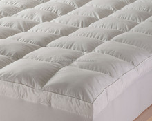 Whole washed white goose feather duck feather mattress topper