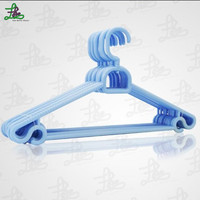 Colorful cheap plastic clothes hangers