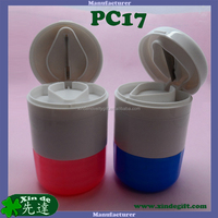 New promotional plastic Pill splitter crusher Pill Case, Medical tablet cutter, Pill splitter Pill box equipped with stainless s