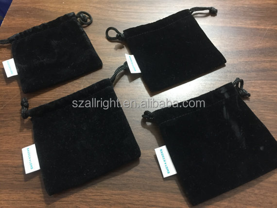small black velvet jewelry pouches with embroidery logo tag