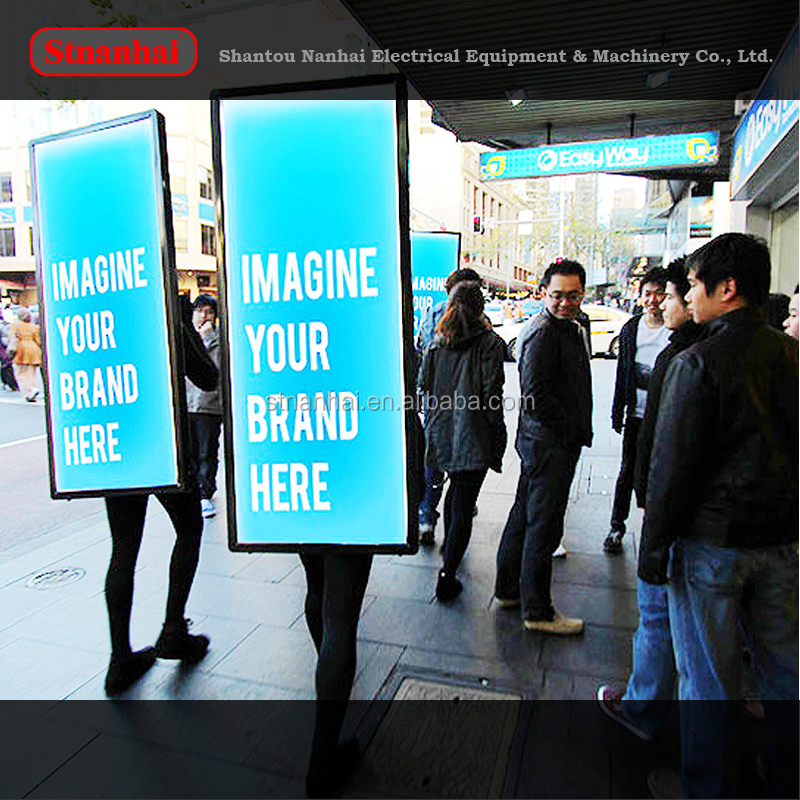 J6B-001walking digital double sided led scrolling billboard, led backpack walking outdoor mobile advertising billboard