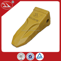 China Supplier Wear Resistant Casting Mining Bucket Tooth 61N6-31310RC
