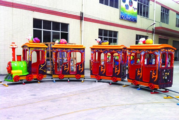 Manufacturer supply 16 seat children electric train for amusement park made in China