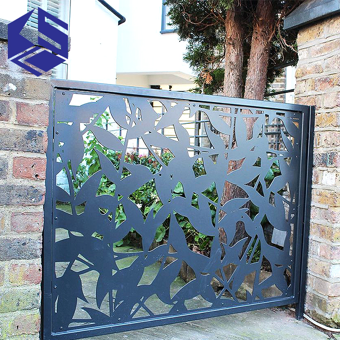 Luxurious decorative perforated metal garden privacy screen