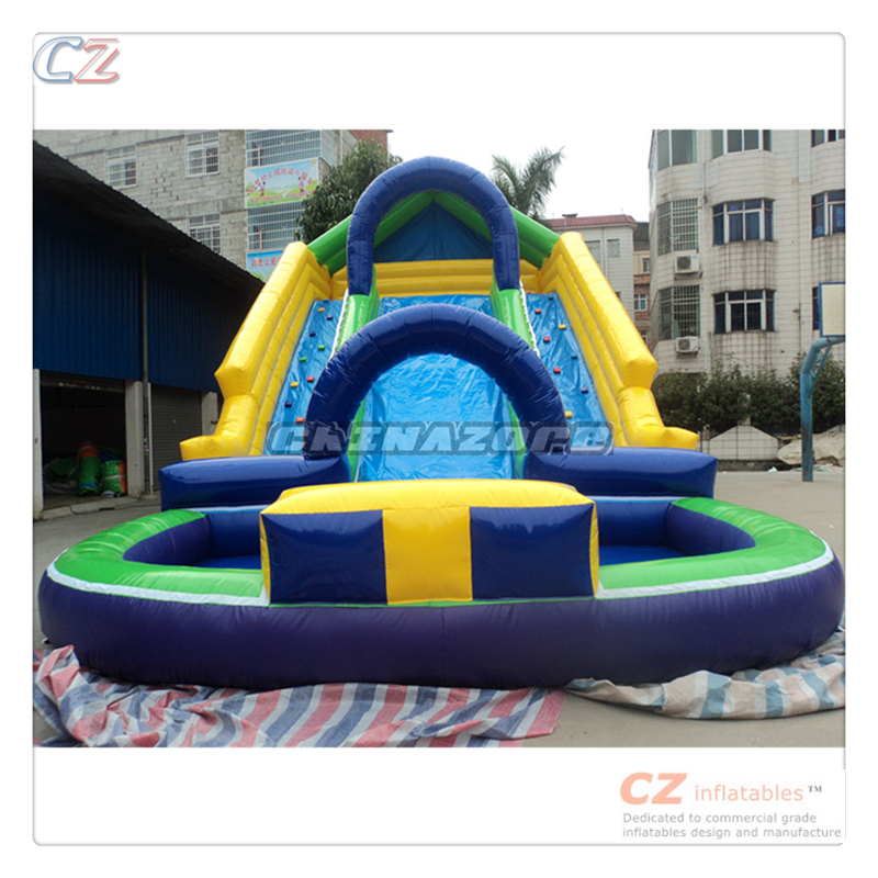 Summer water games setting on land giant inflatable pool slide for adult