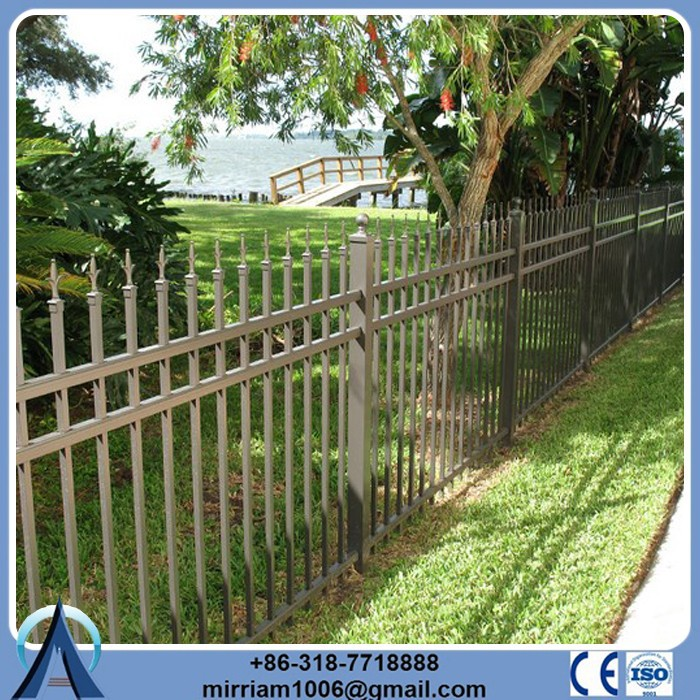 China Wholesale classic and commercial backyard/residential/apartment/construction fencing