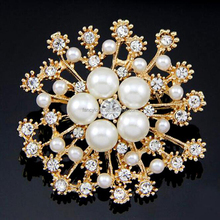 Fancylove Jewelry gold plating pearl brooch big snowflake china wholesale brooch