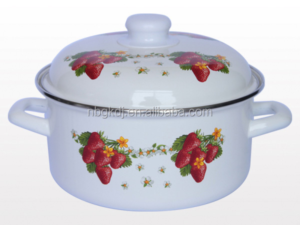 Printing Strawberry enamel casserole family used thermoware casserole