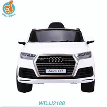 WDJJ2188 Official Authorized Audi Q7 Classic Ride On Car For Kids, With Mp3 Wheel Suspention Music And Light Double Door Open