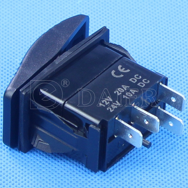 Single pole double throw rocker switch