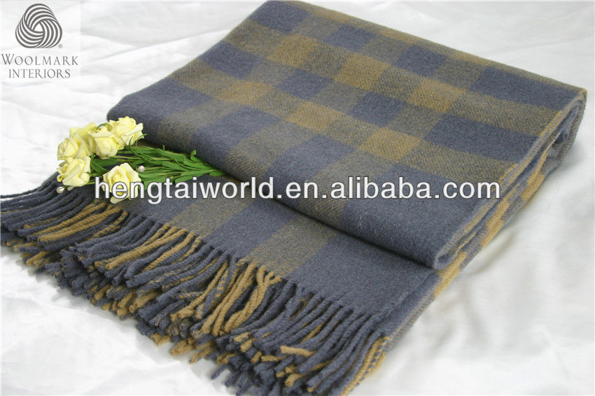NO.1 China blanket factory beautiful design blanket, soft feeling wool throw, winter blanket with fringes