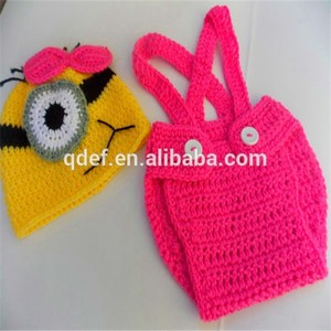 2015 Best selling Minion hats and diaper, crochet knitting newborn baby outfit, newborn photo prop