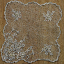 Professional manufacturer of champagne elegant wedding table linens runners