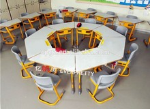 2016 Modern Design Children Study Desk And Chair For School Furniture Classroom Table and Chair Set