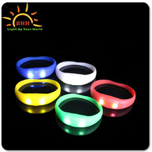 New Products 2015 Promotional Party Event LED flashing silicone Motion Activated Fashion Bracelt
