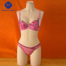 Top Design Cheap Realistic Silicone Torso Female Mannequin QianWan Displays