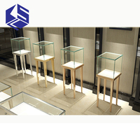 Good quality decorative jewelry store display furniture for jewelry display design