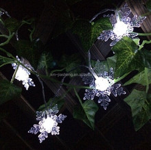 Eco-friendly low voltage battery operated led christmas snowsflake string fairy garland light