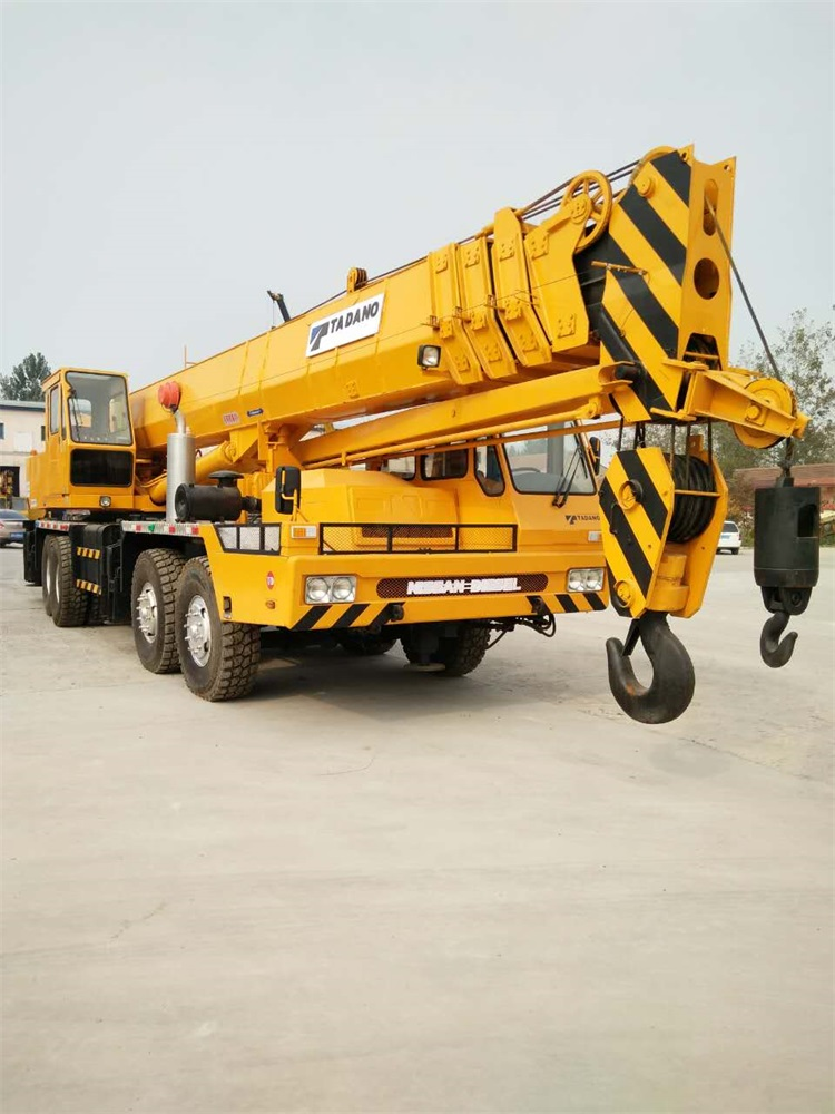 Yellow Color 80 Ton TADANO Used Truck Crane From Japan For Sale , TG800E