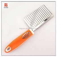 SK-361 new design high quality PP and TPR handle stainless steel wavy vegetable cutter knife