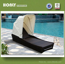 Outdoor pvc rattan furniture beach bed with canopy