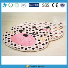 cute bear pet cushion with the dot