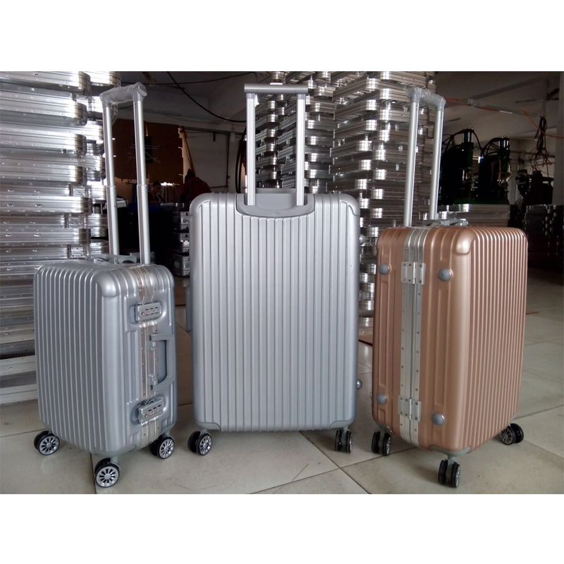 Carry Polo Swiss World Luggage Price Bag Trolley Case - Buy ...