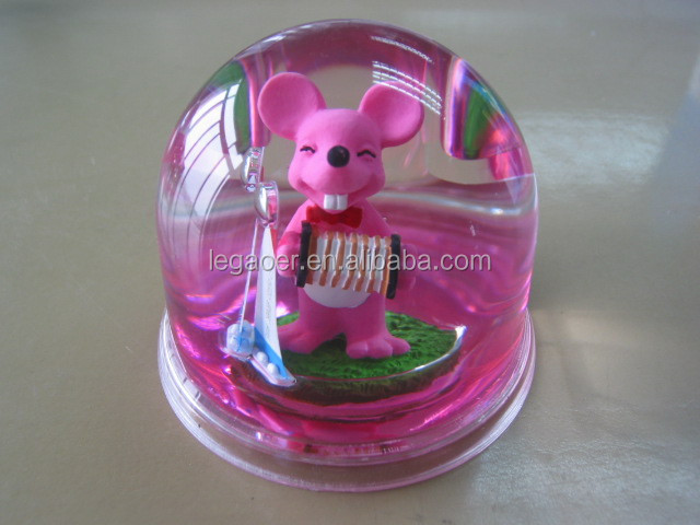 Promotional snow globe with plastic base and polyresin figurine inside