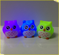 Plastic owl bath toy with light 3 colors floating owl