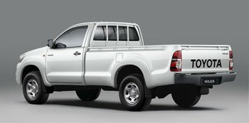 NEW TOYOTA HILUX SINGLE CAB 2WD/4WD LHD CAR