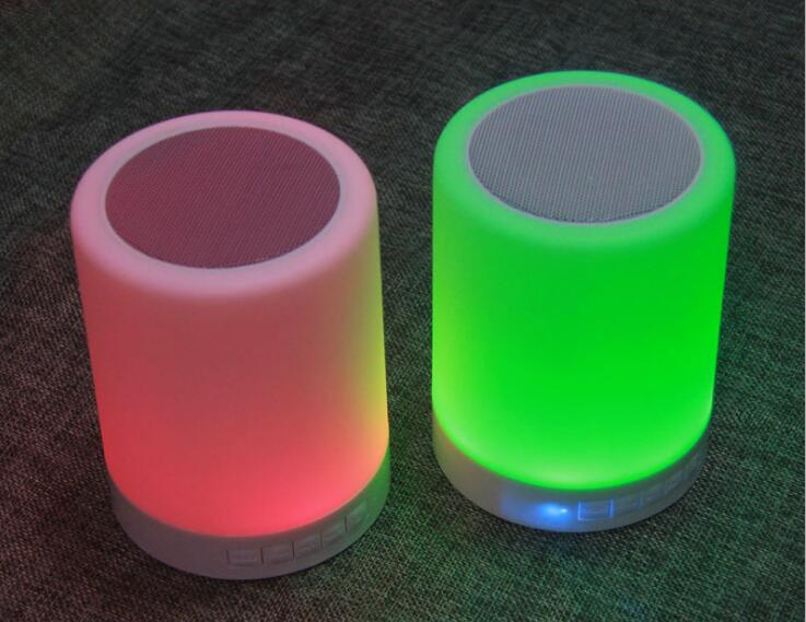 multimedia speaker 3w speaker led touch lamp 1200mah wireless speaker can be put on bed