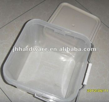 SQUARE RED PLASTIC NAIL BUCKETS