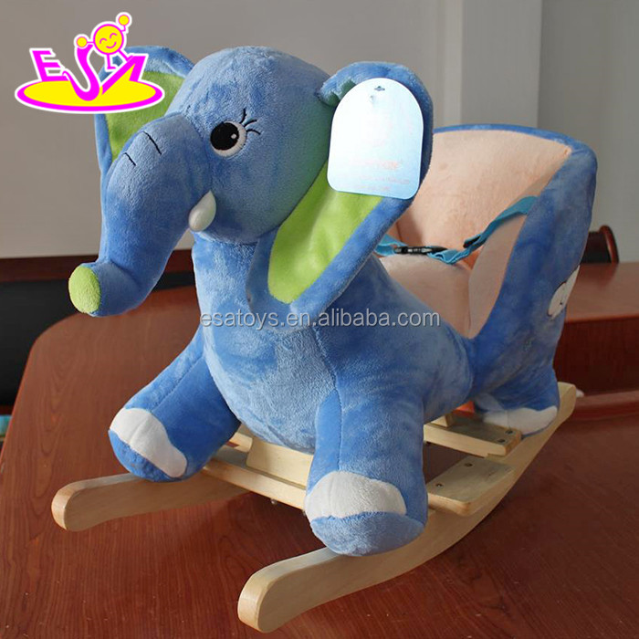 2017 New products baby funny elephant animal with music wooden rocking horse nursery W16D101