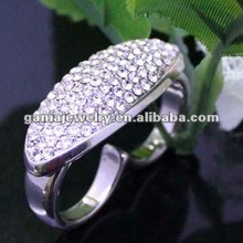 China Manufacturer Hot Sale Shiny Czech Crystal Wedding Double Finger Ring