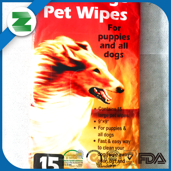 For puppies and dogs use easy cleaning pet wet wipes