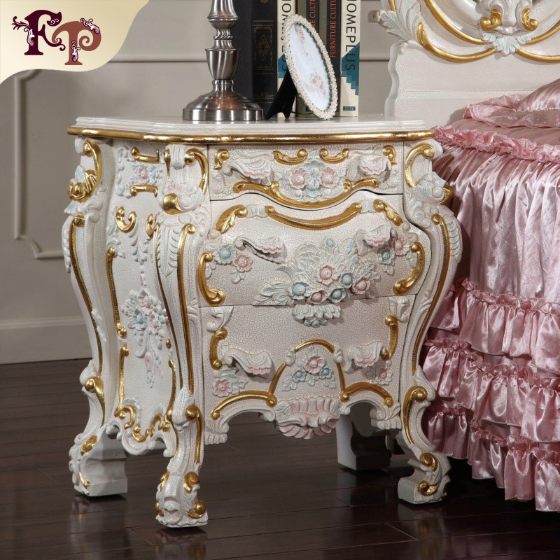 Italian style furniture antique reproduction french style for Baroque reproduction furniture