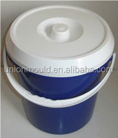 plastic bucket with handle and lid mould