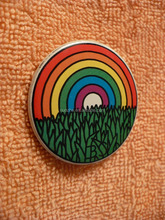 China Wholesale custom metal SEATTLE ARTS FESTIVAL RAINBOW and GRASS PIN BADGE