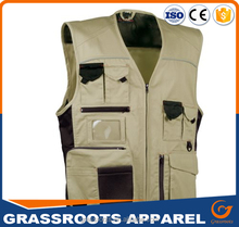 Man sleeveless cheap safety work vests worker grey multi pockets working vest