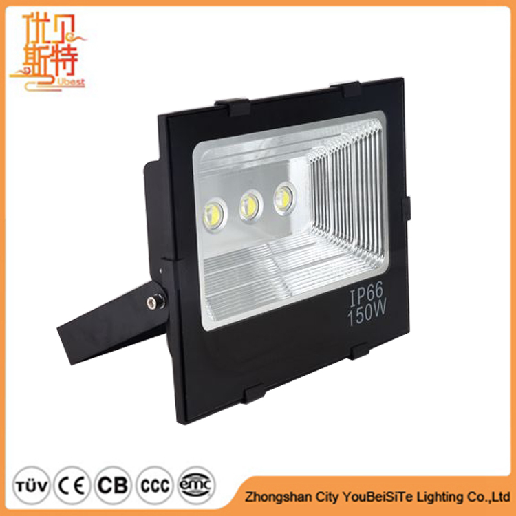 Canadian Distributor Wanted 150W Super Bright Long Distant LED Flood Lighting for Outdoor