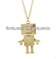 2012 fashion lovely robot pendant necklace