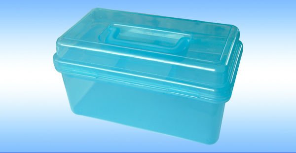 Hard transparent plastic multi-purpose storage case/storage box