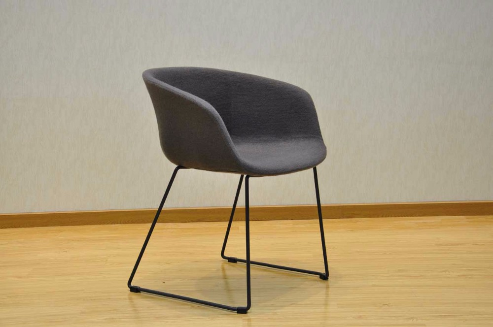The simple modern design fabric cloth metal dining chair seat