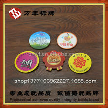2015 high quality popular export Pin Plastic Botton Badge