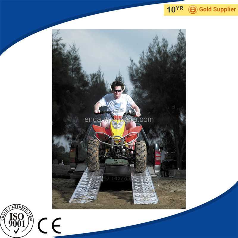 Cheap and Good Quality Centre-Folding Motorcycle Used ATV Ramps for Car