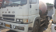 Used Howo Shacman FUSO Concrete mixer Truck 9m3 10m3 12m3 247KW Power Hino Volvo Shacman Nissan mixer 10m3 12m3