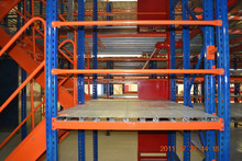 Heavy duty teardrop warehouse storage rack, steel pallet rack