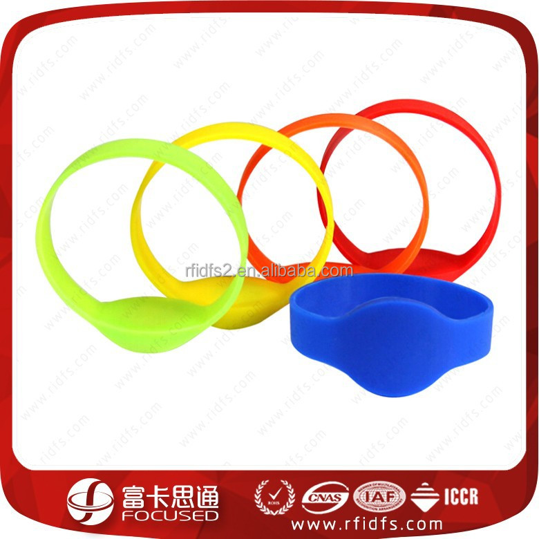 Good price rfid silicone rfid child id bracelet